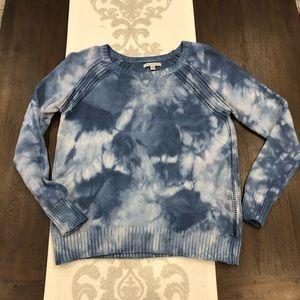 American Eagle Large tie dye blue sweater